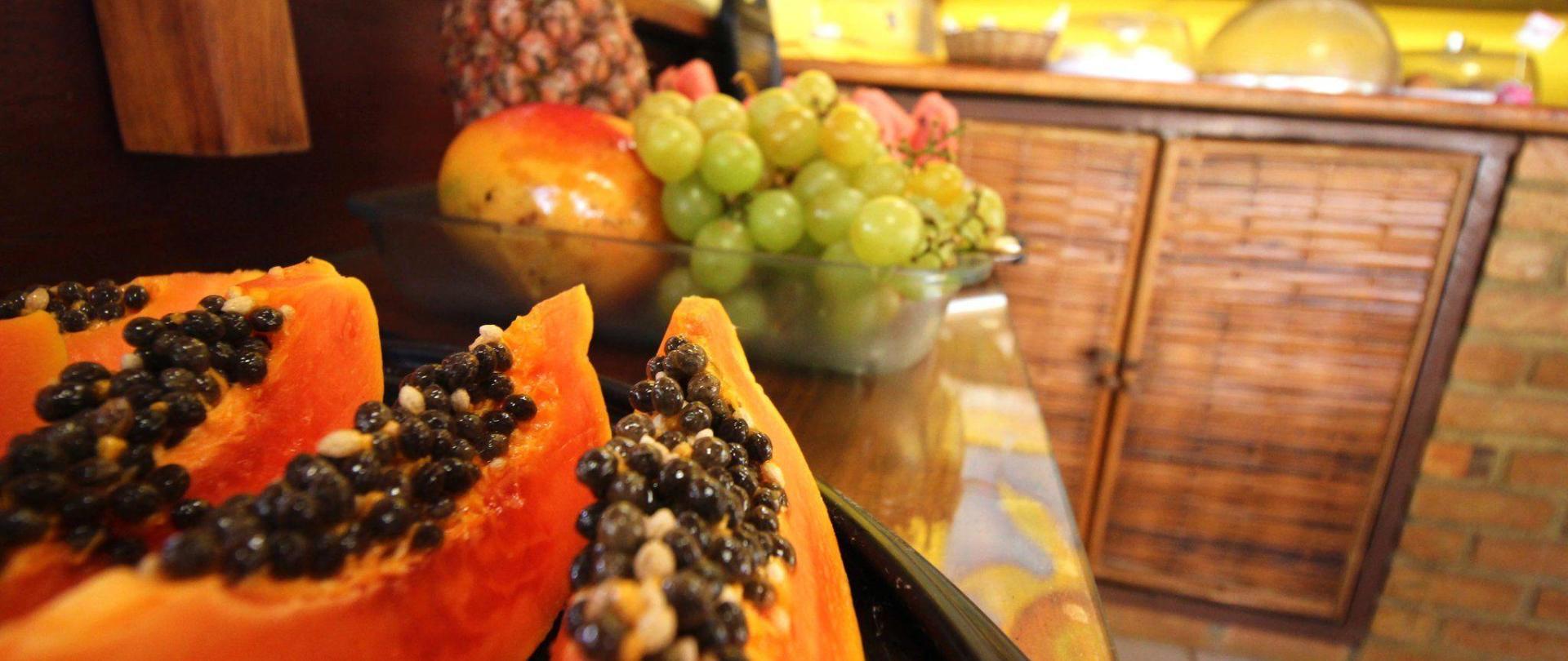 bf2-fruits.jpg