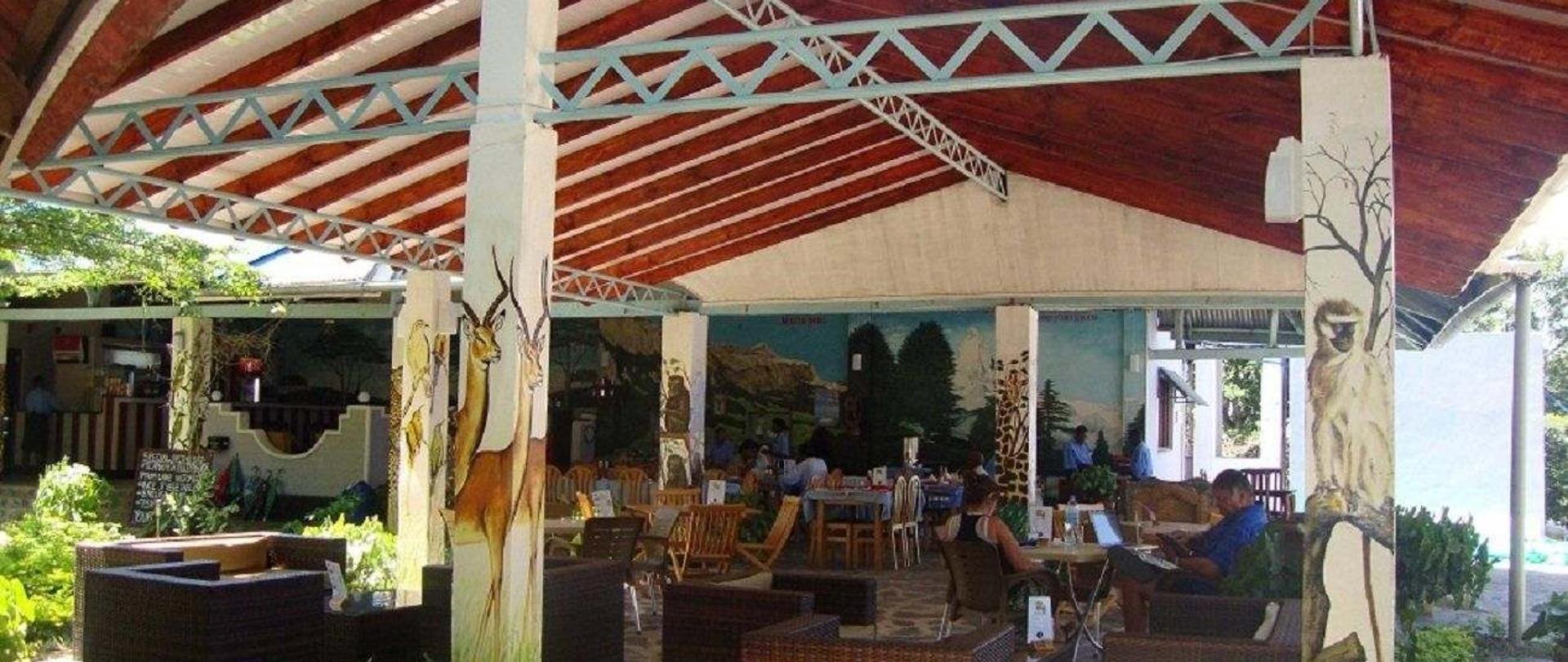 restaurant-3-3.JPG