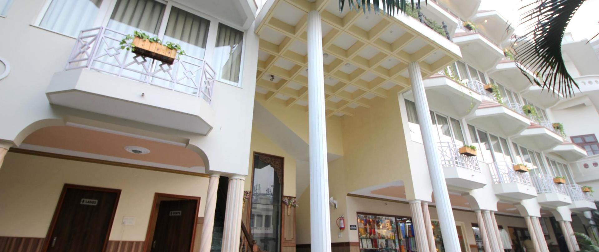 ala lateral de la habitación 1.jpg