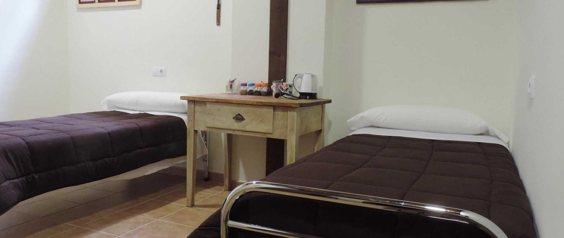 Habitación doble (dos camas) privada.JPG