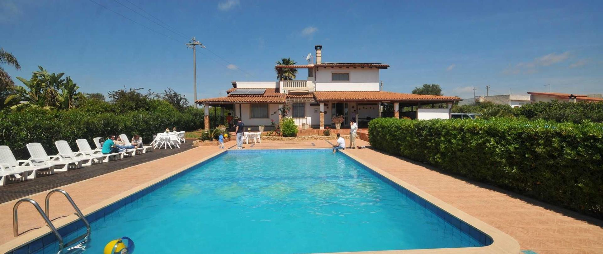4_resort_noto_il_mandorleto_avola_villa_con_piscina_campagna_siciliana_18.JPG