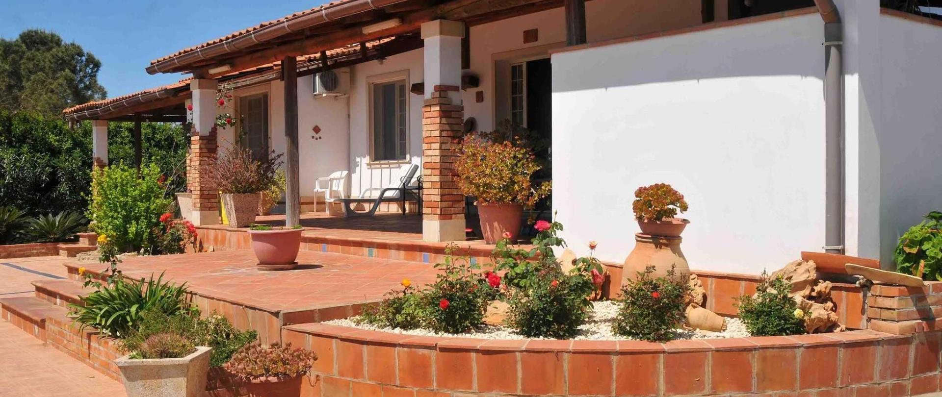 2_resort_noto_il_mandorleto_avola_villa_con_piscina_campagna_siciliana_23.JPG