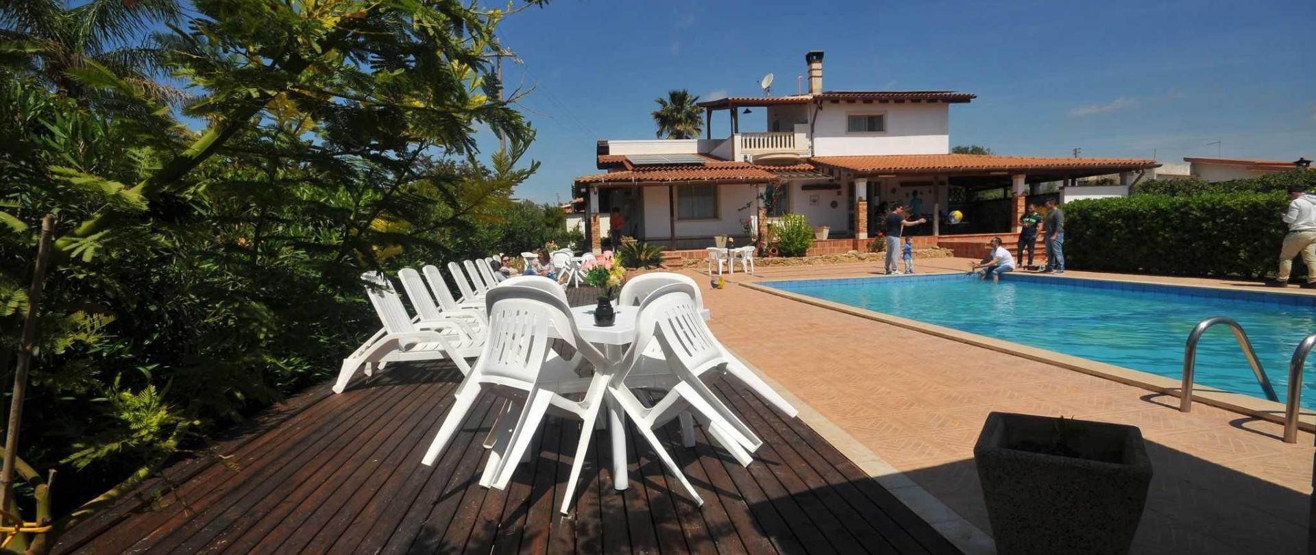 3_resort_noto_il_mandorleto_avola_villa_con_piscina_campagna_siciliana_20.JPG