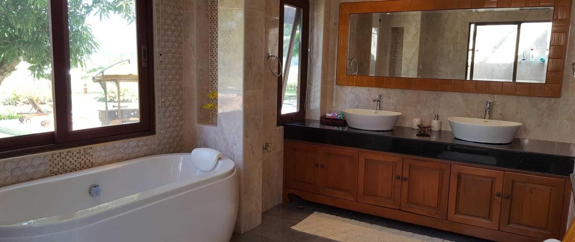 bamboo-bathroom.jpg