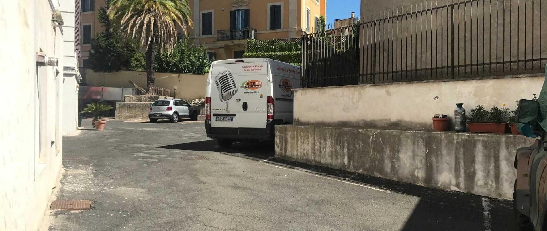 parcheggio-booking-1.jpg