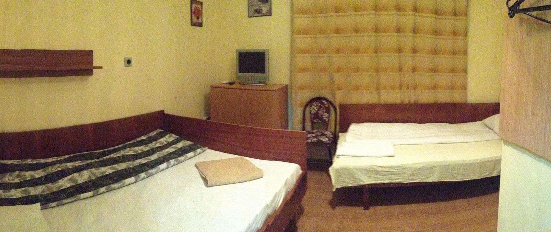 room2122016-2.jpeg