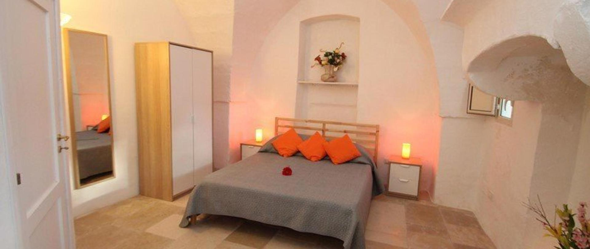 masseria-pugliese-apt-sabia-bedroom1a-1.JPG