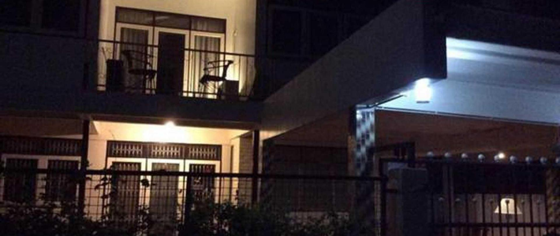 house-front-night-time-vdo.jpg