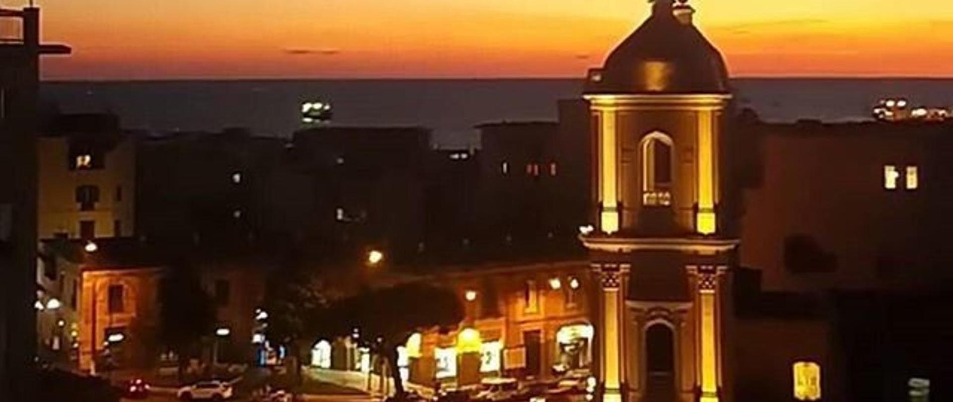 piazza-san-ciro-portici-tramonto-da-casa-di-clelia-piazza-sanciro-portici-napoli-visitnaples-visititaly-italy-italianstyle-italiaislove-igersnapoli-igerscampania-church.jpg