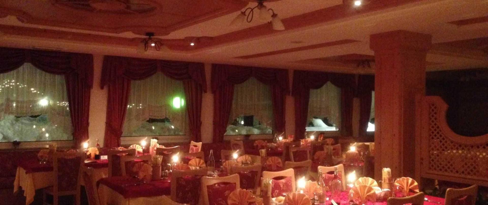 Restaurant Dolomiti Hotel Olimpia.JPG