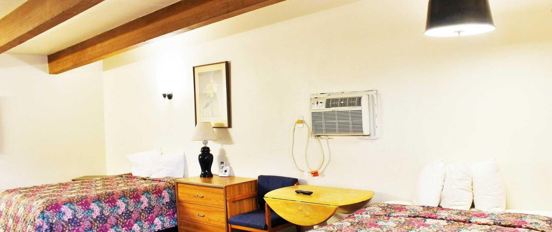 room-219-double-queen-1.JPG