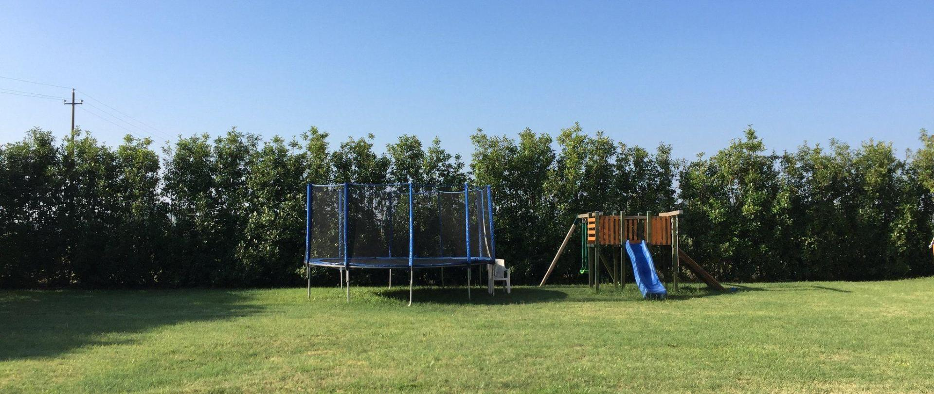 parco-giochi-giardino.jpg