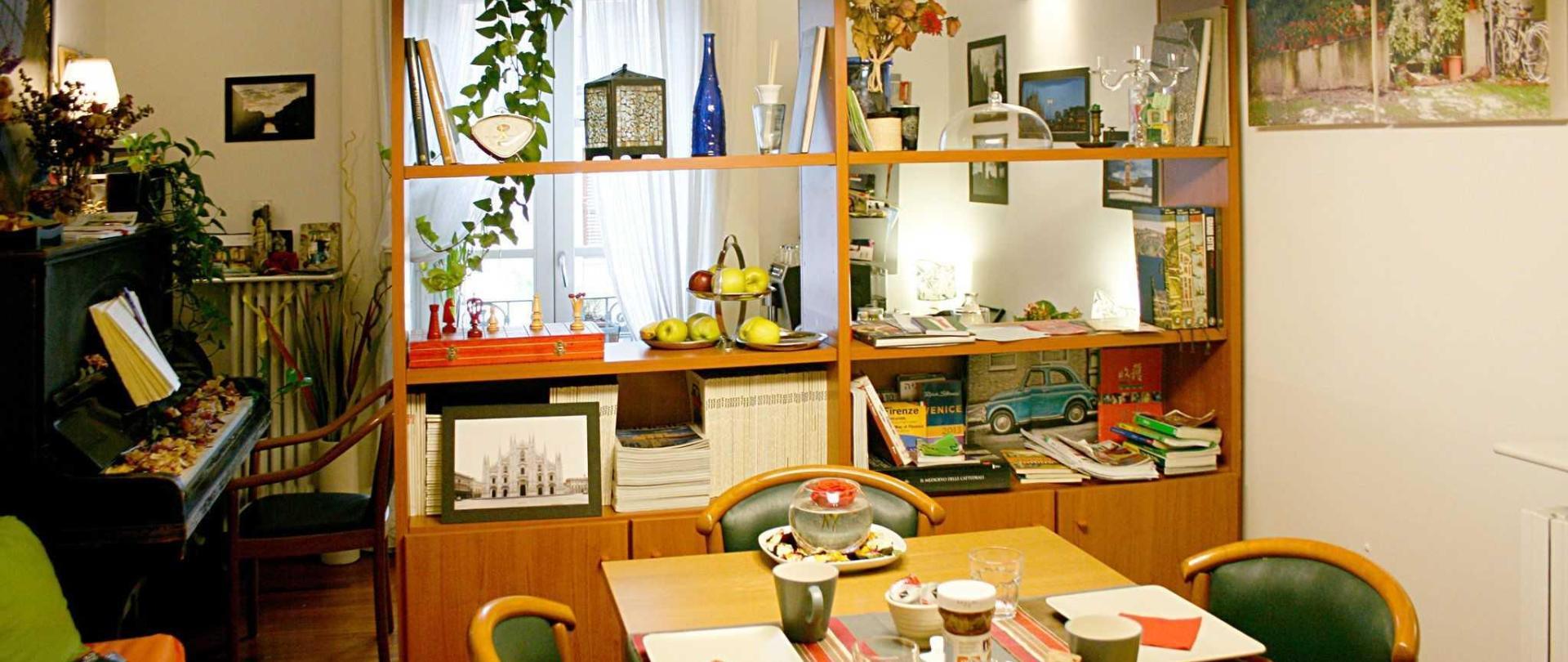 breakfastroom-3.jpg