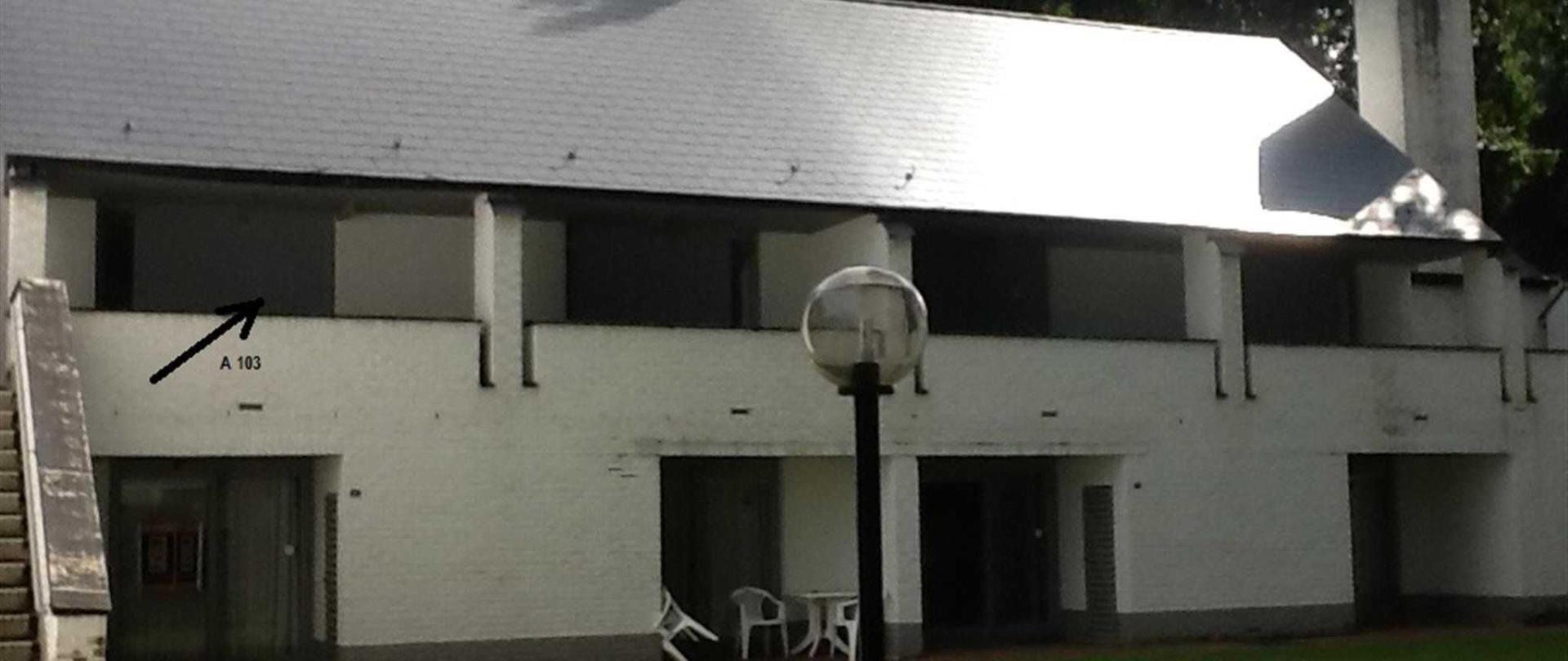 Buitenzicht (studio links boven)