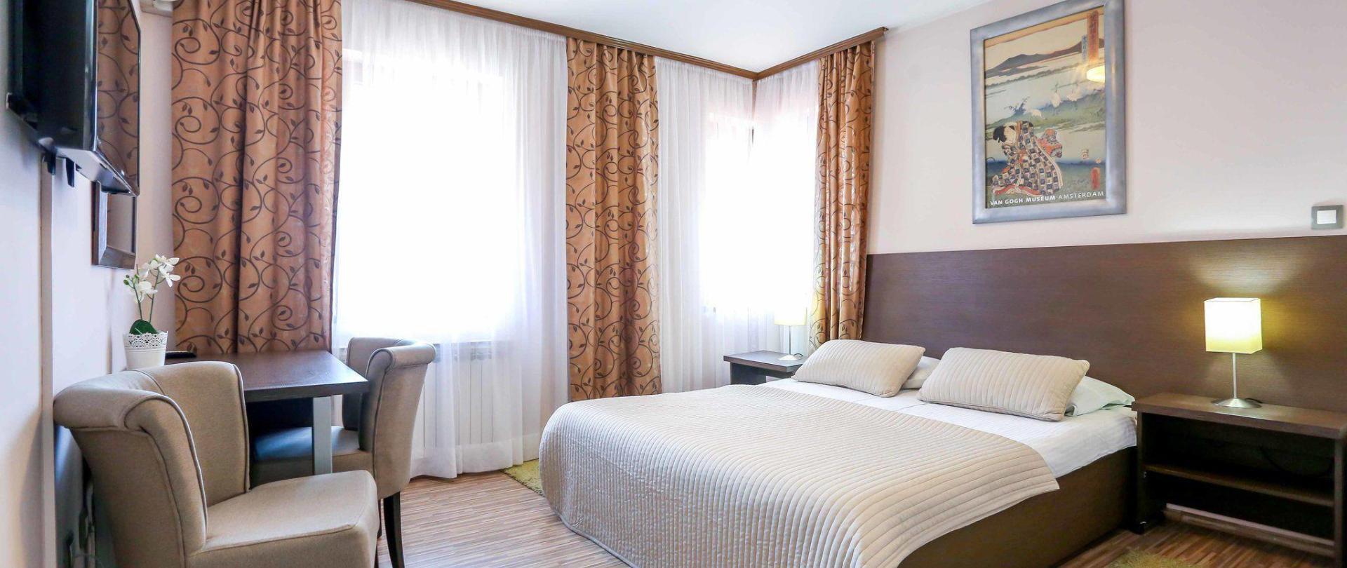hotel-divan-by-dzenat-drekovic-29-08-2016-13.jpg