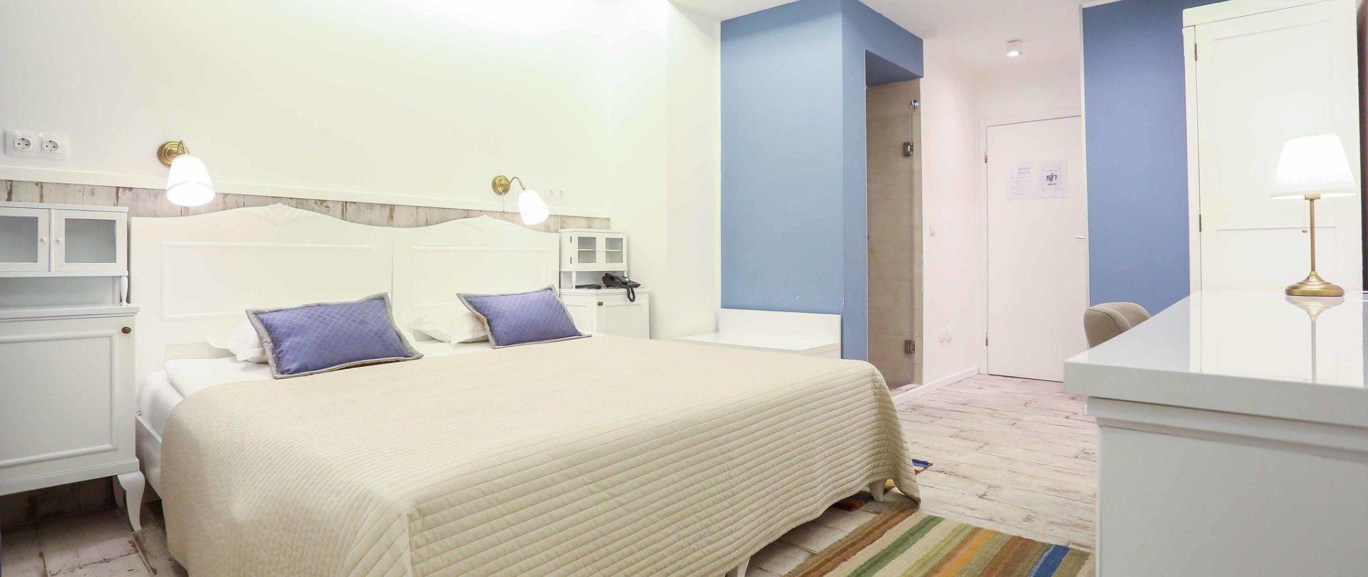 hotel-divan-by-dzenat-drekovic-29-08-2016-18.jpg