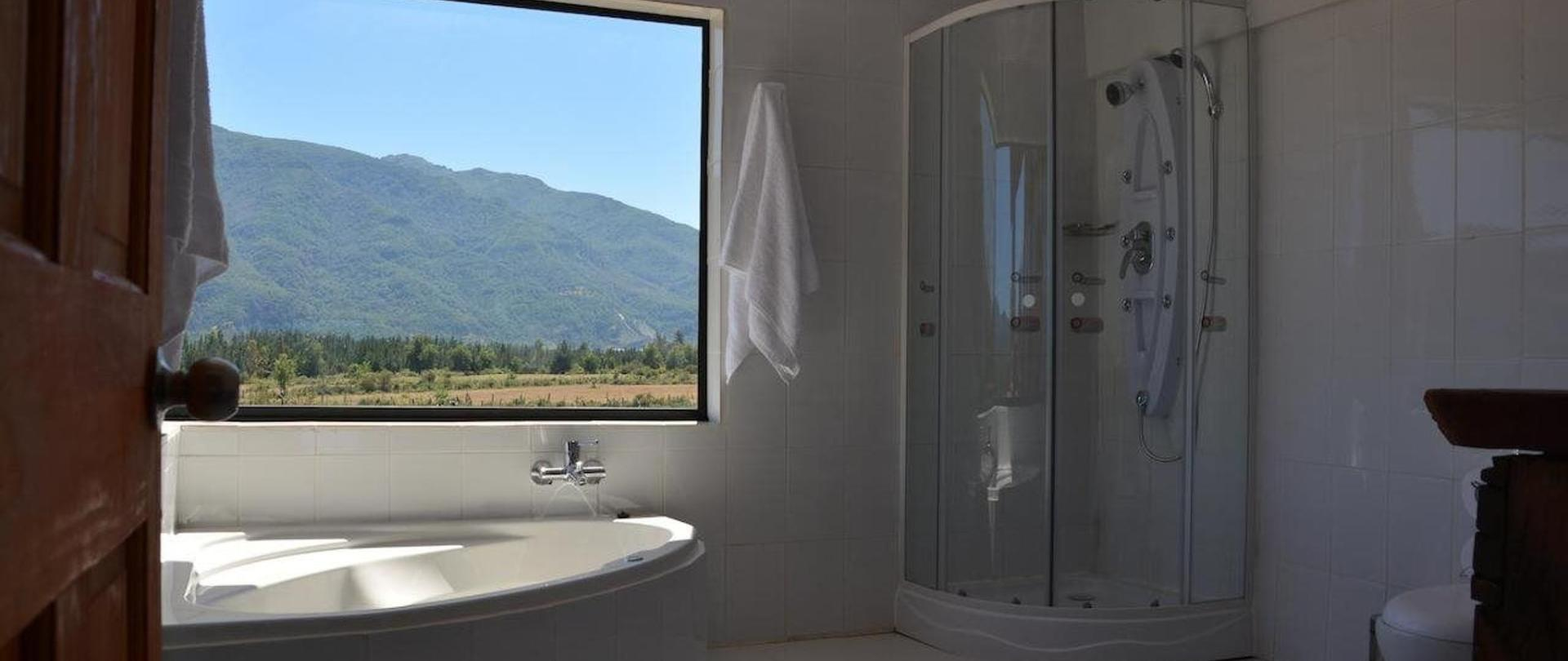 Deluxe Double Room with Bath4