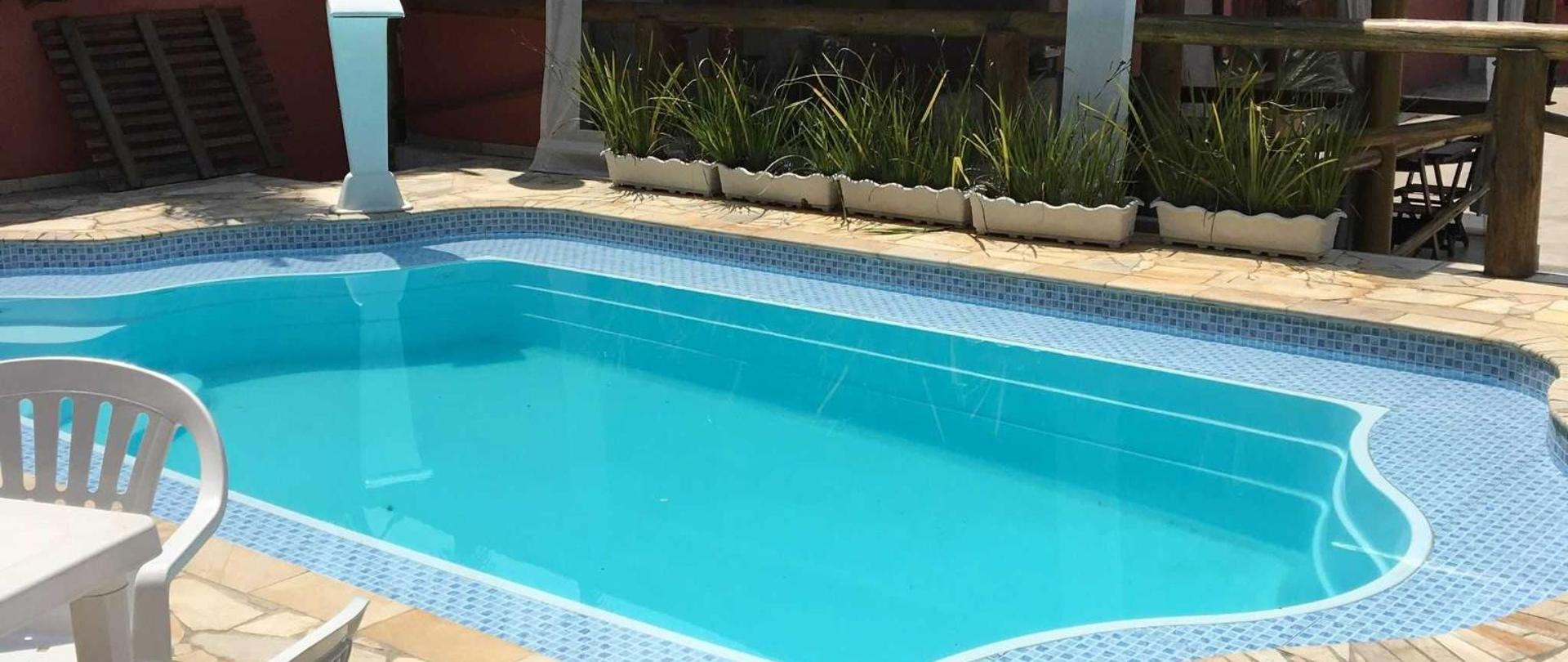 piscina-de-dia.JPG
