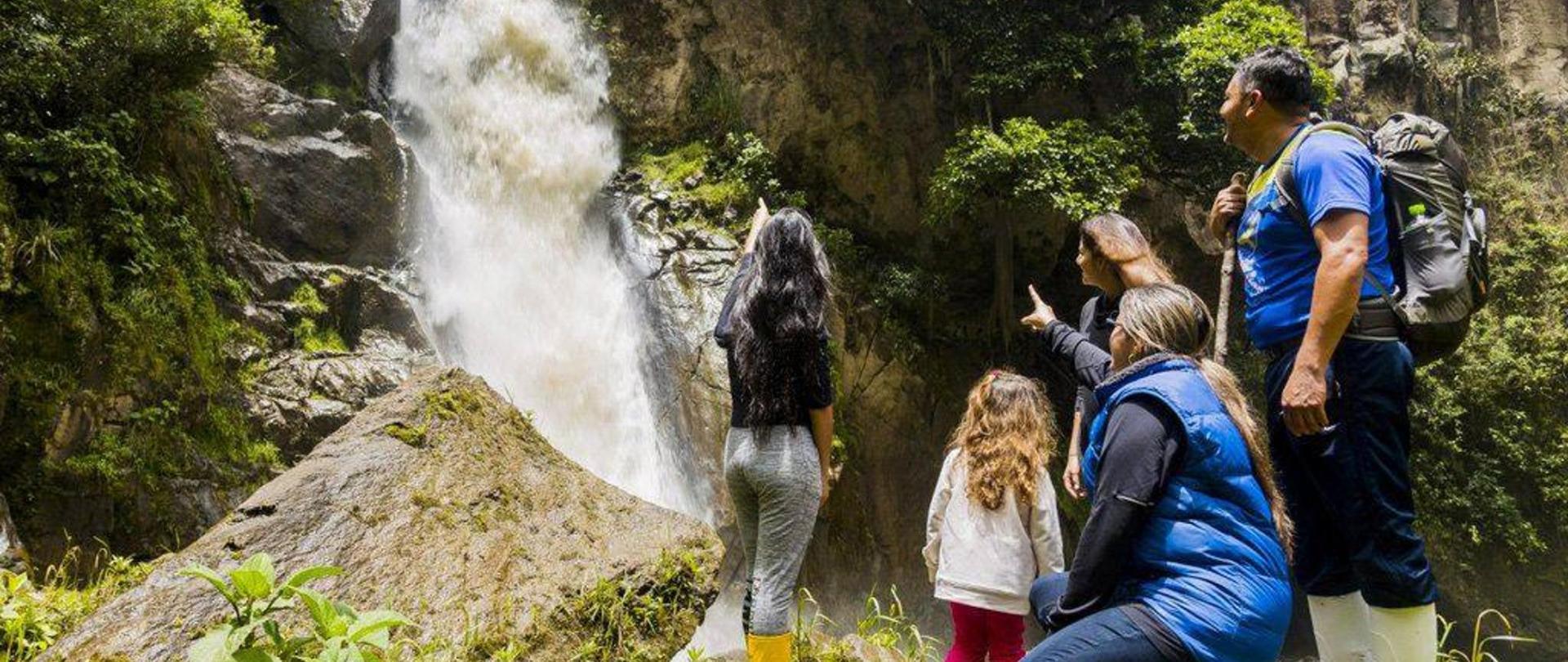 cascada-ulba-9502-001-2.jpg
