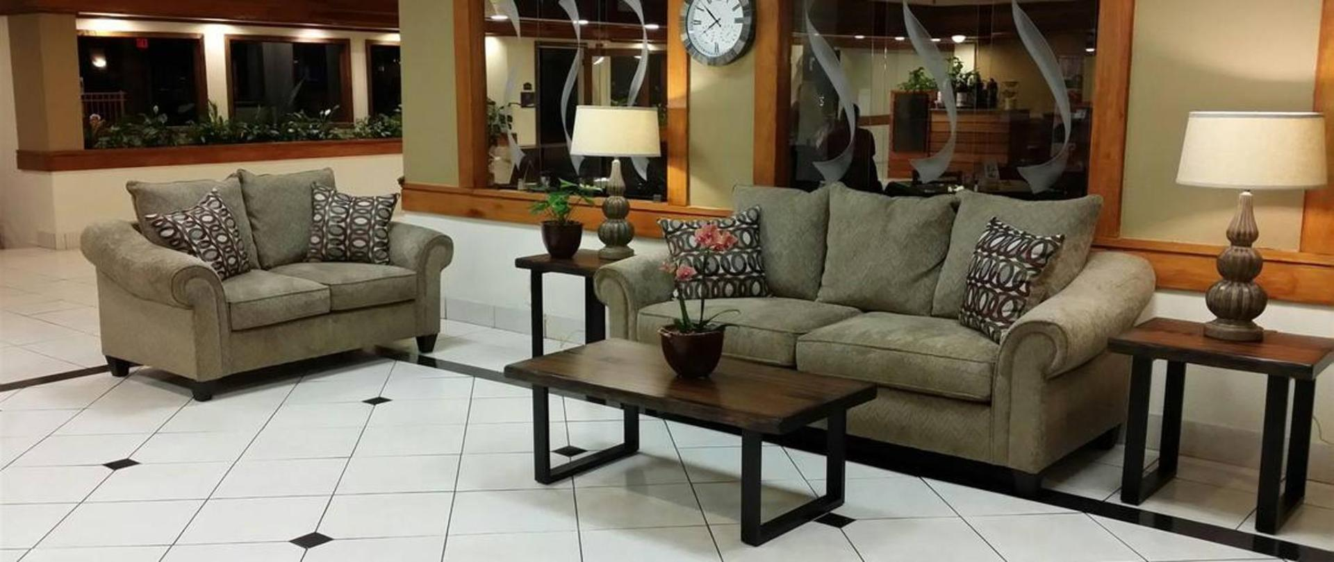lobby-new.jpg.1140x481_default.jpg
