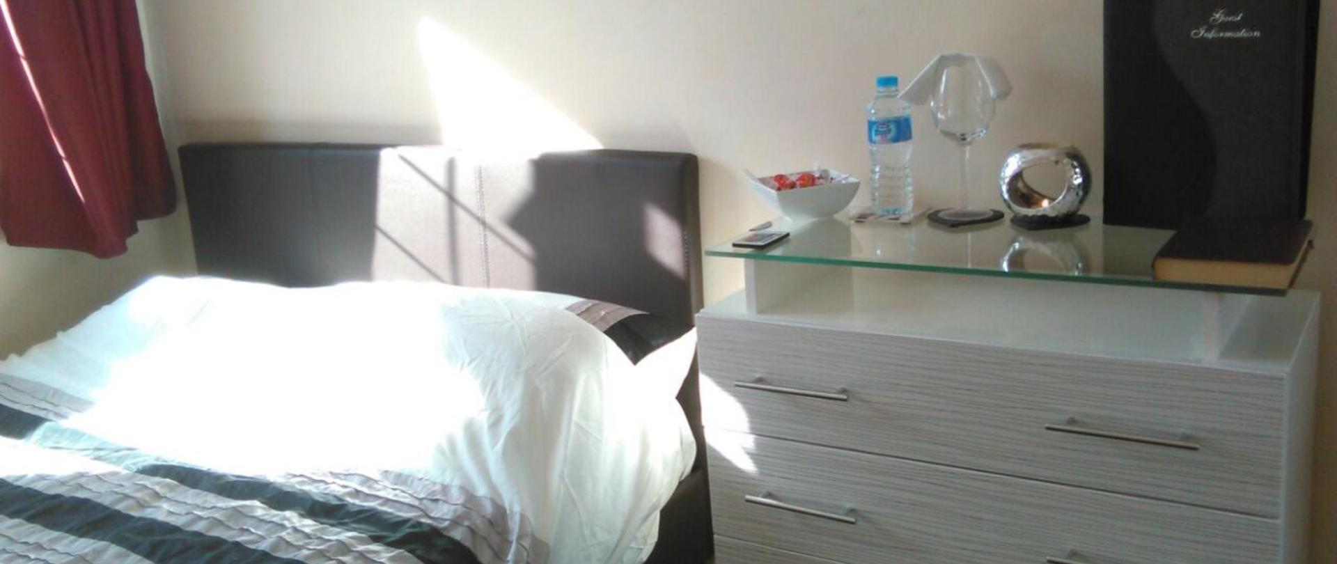 Double bed daylight 1.JPG