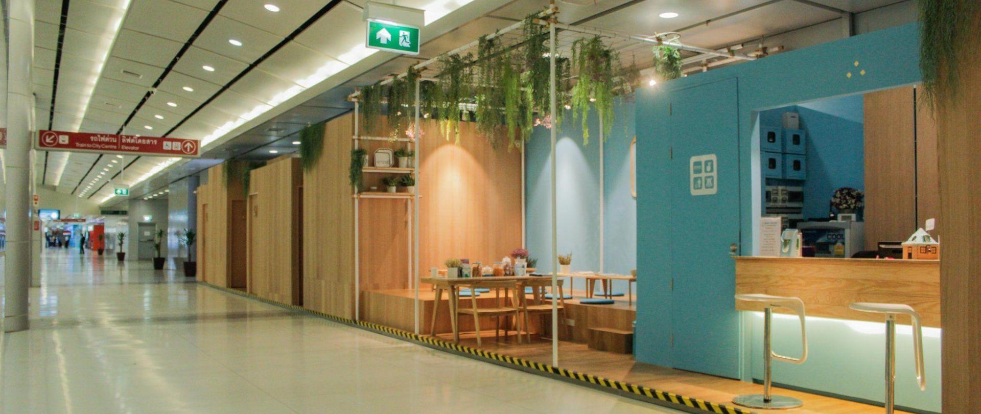 lobby-20.jpg
