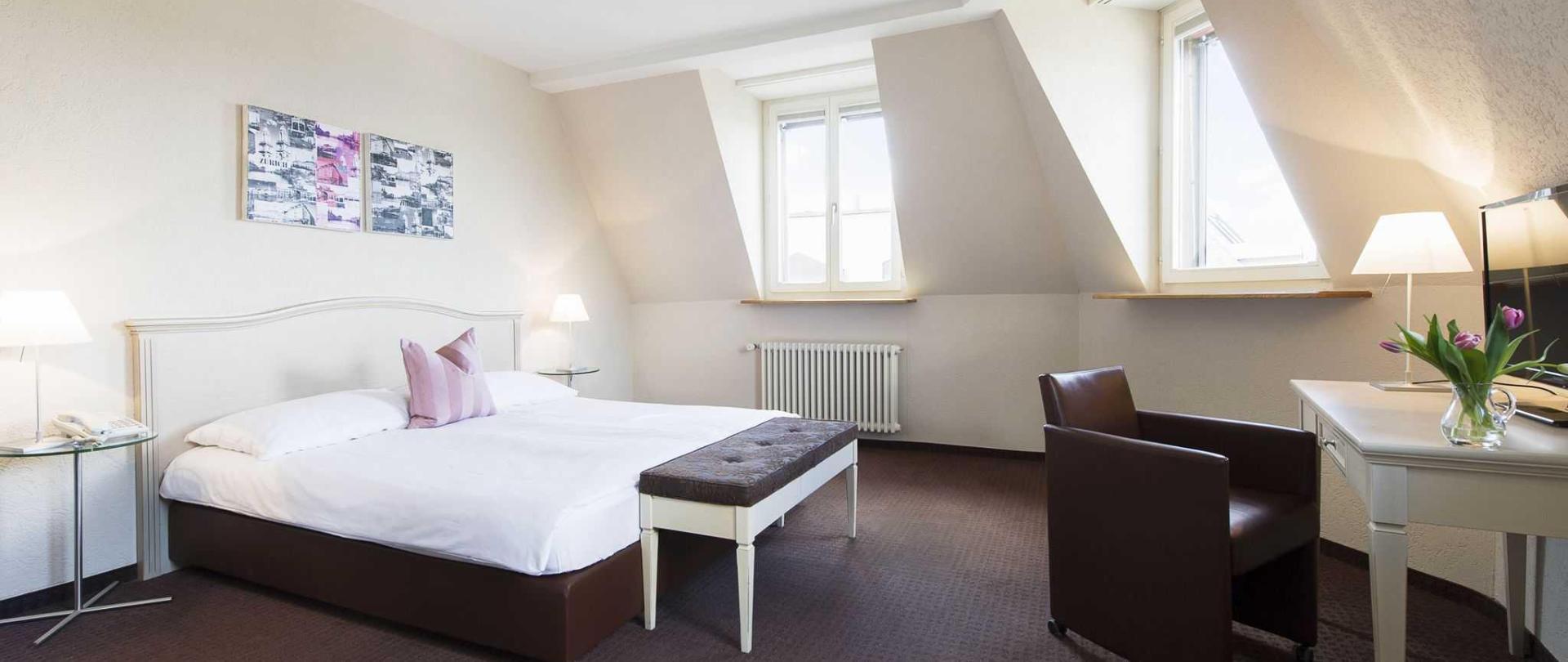 1504-hotel-neufeld-252.jpg