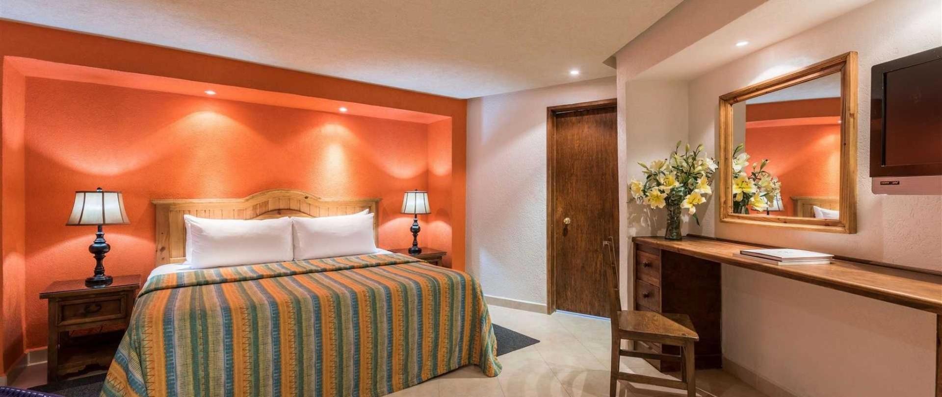 homepage-la-abadia-hotel-guanajuato-mexico1.jpeg