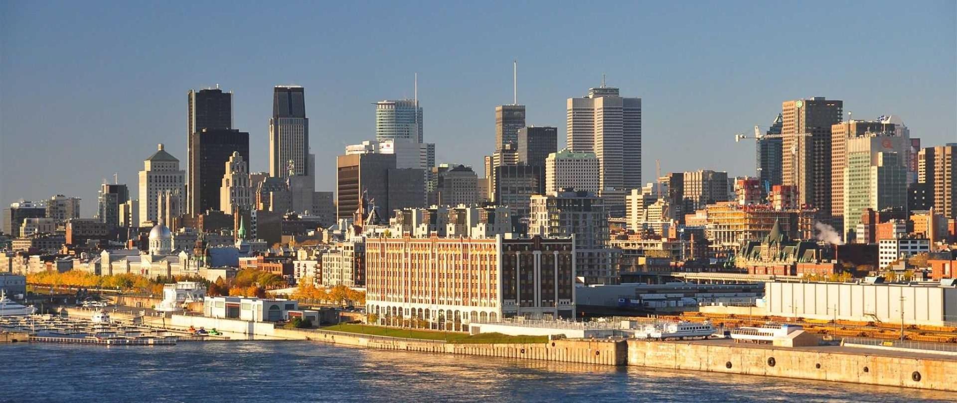 montreal-skyline-2011.jpg.1920x810_default.jpeg