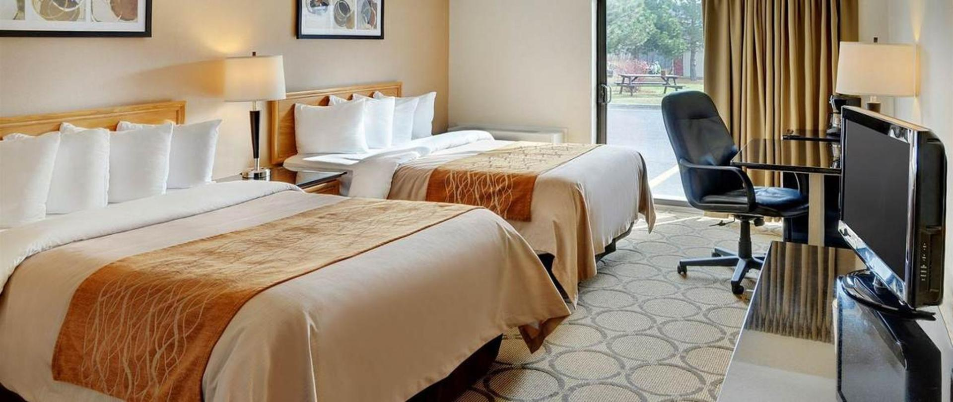 drive-up-two-pillowtop-beds.jpg.1170x493_default.jpg