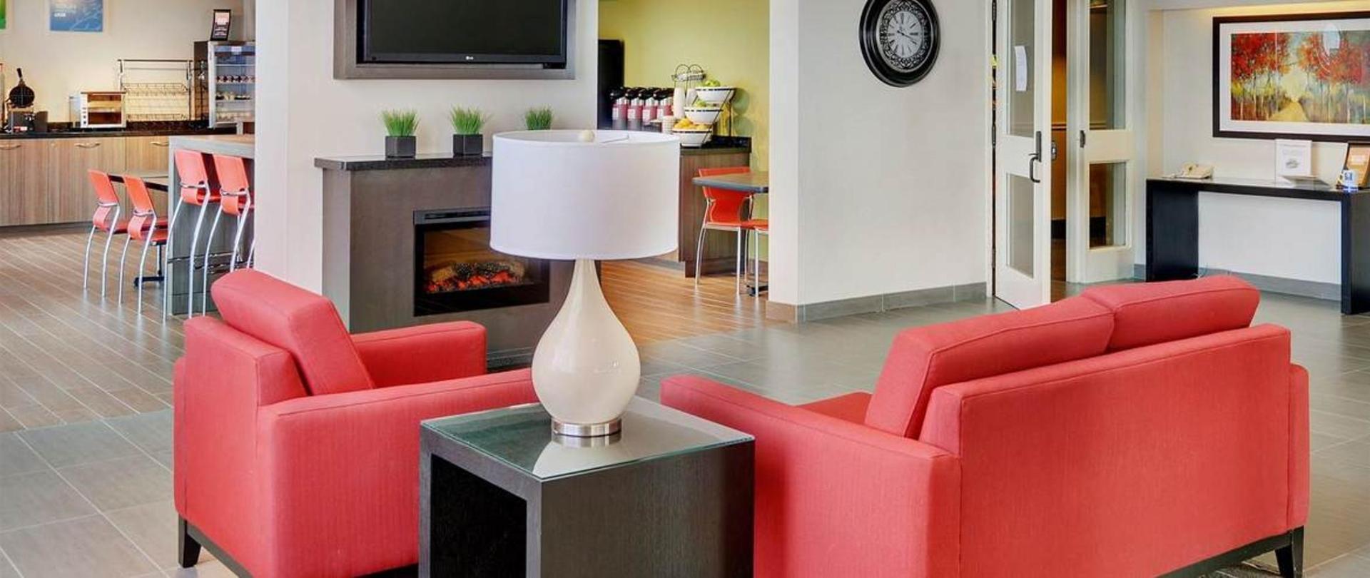 rediscover-your-comfort-inn-sudbury.jpg.1170x493_default.jpg