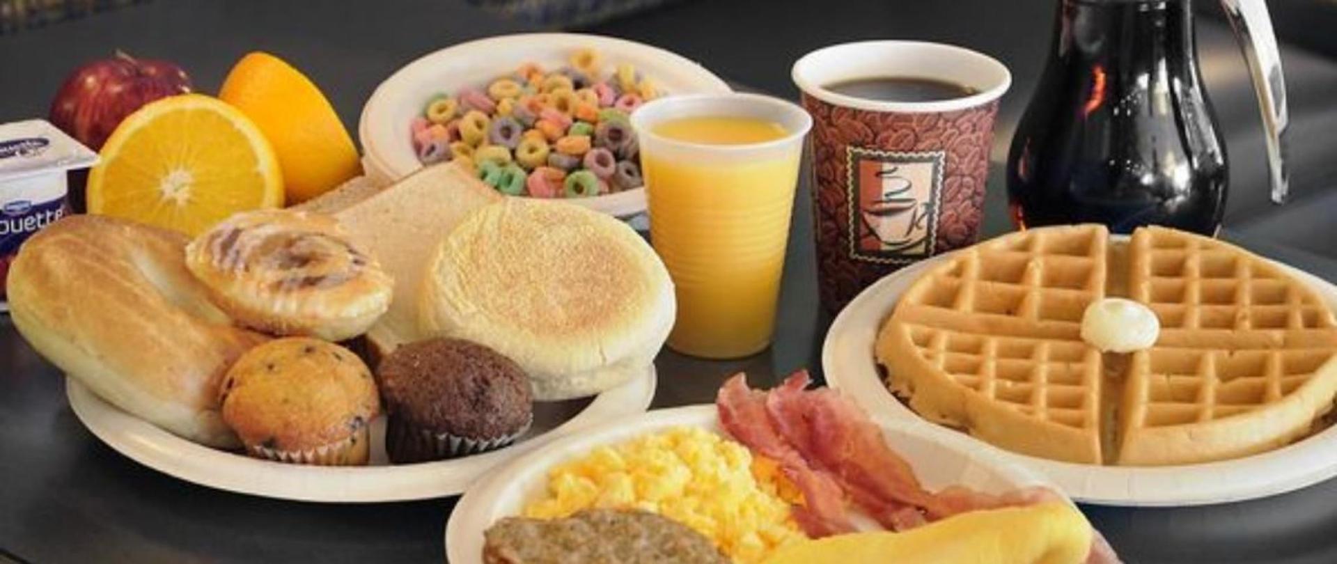 full-hot-raňajky-available-daily1_jpg_.jpg