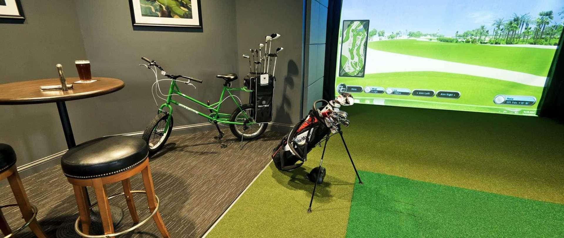 golf-simulator.jpg.1920x810_default.jpg
