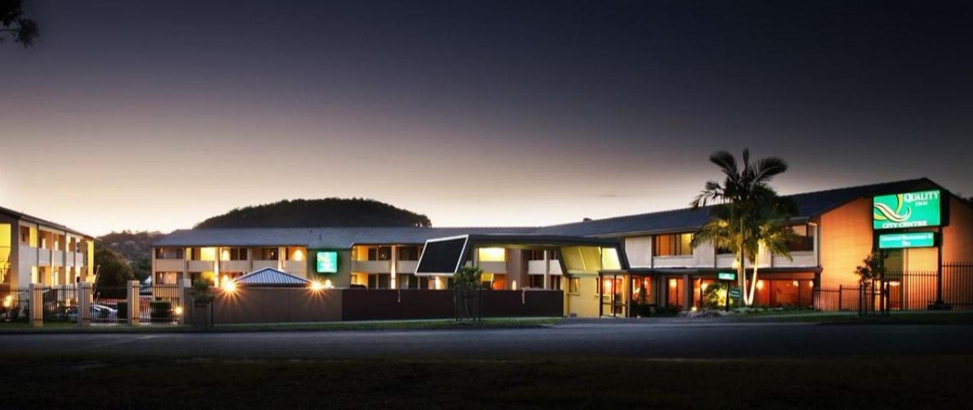qicc-hotel-exterior.jpg.1140x481_145_0_10703.jpg