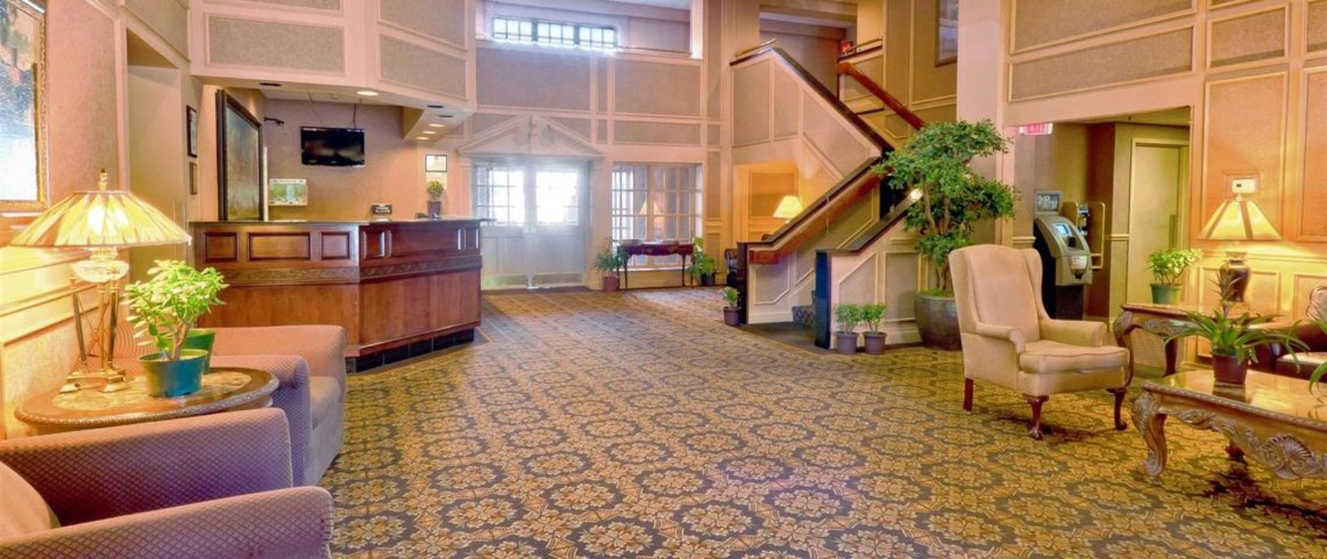 lobby-01.jpg.1140x481_0_259_5937.jpg