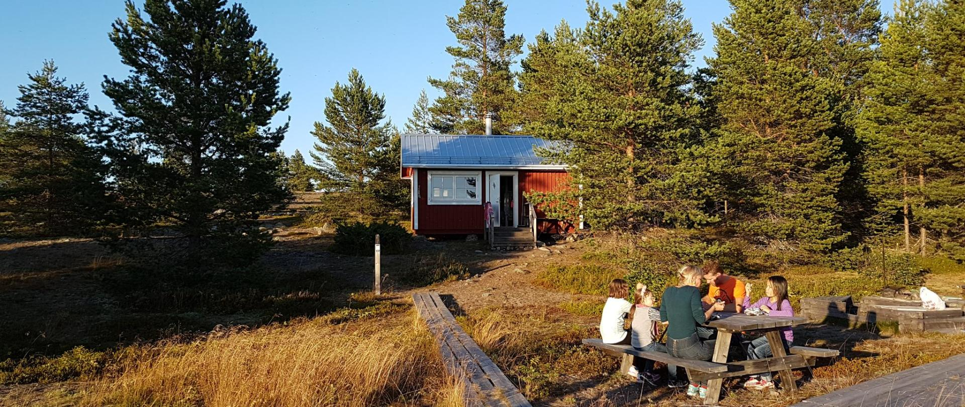 Piteå Island Cottages by Guide Natura Stor-Räbben-2.jpg