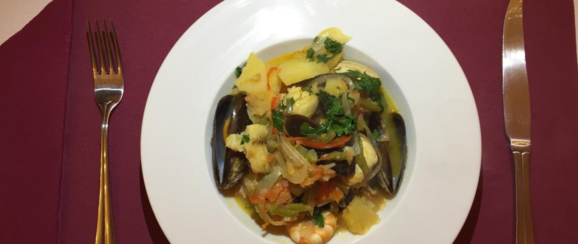 Portugués Fish Stew.jpg