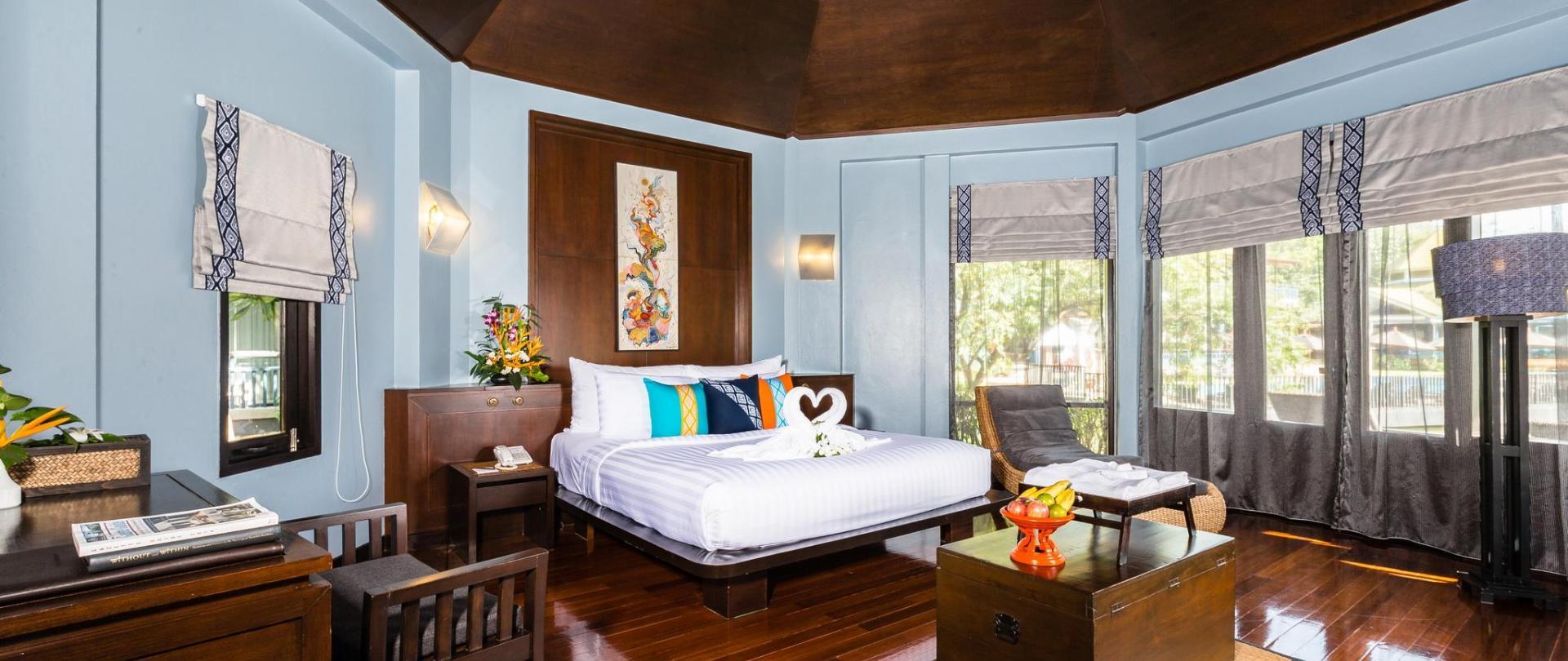 Deluxe Cottage 1.jpg