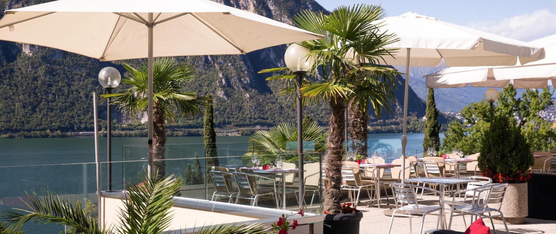hotel-campione-bissone-terrazza2.jpg