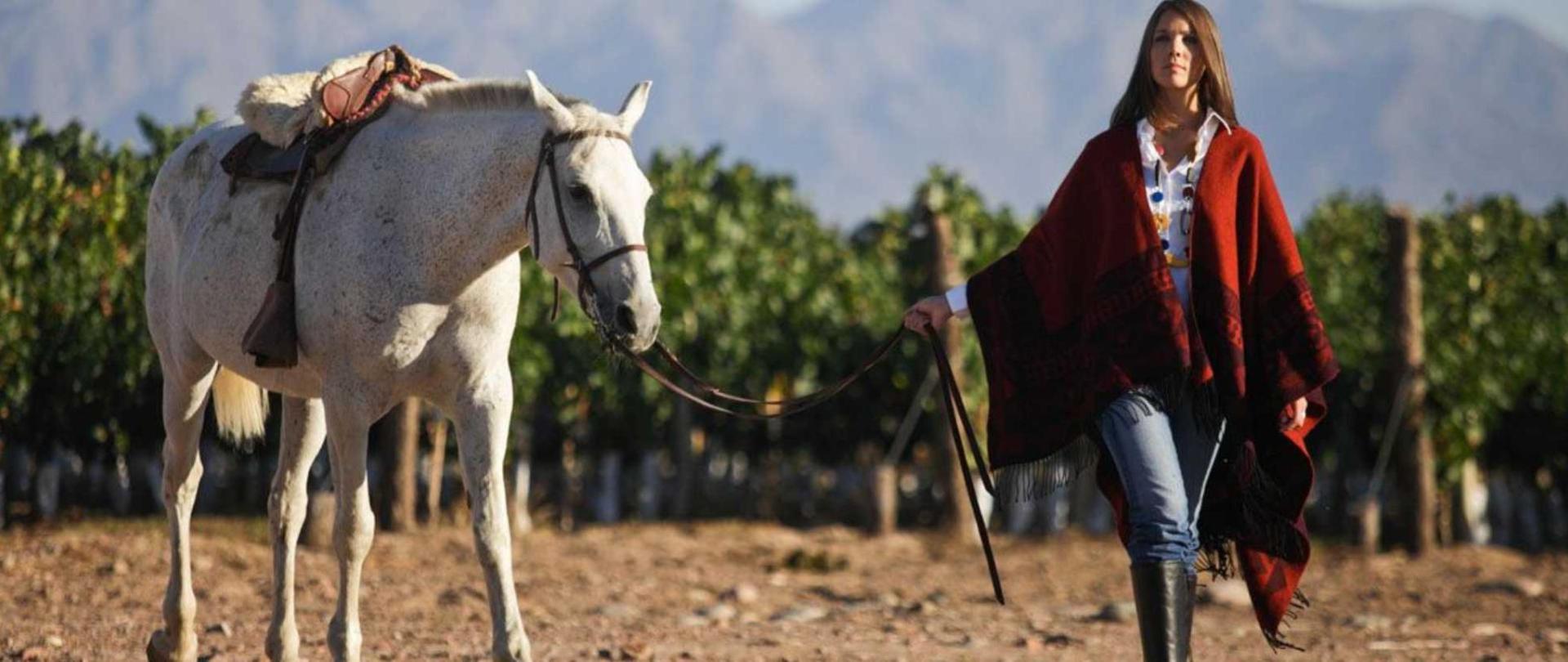 horseride-argentina.jpg