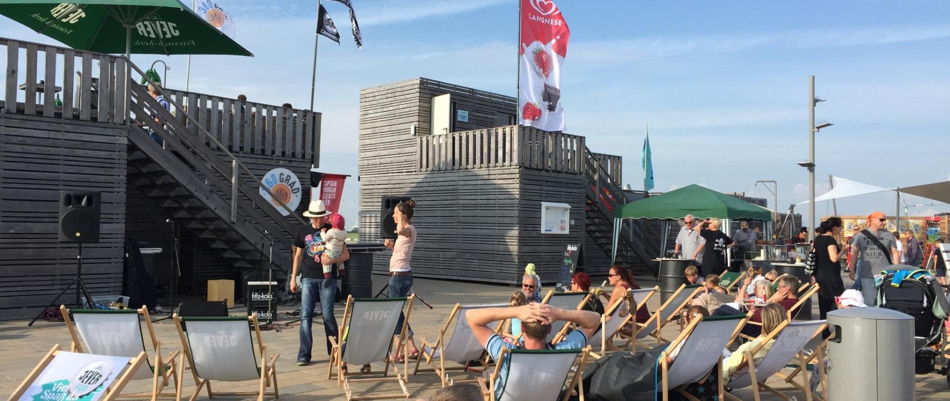 Büsum Perlebucht Strandbar Veranstaltung.JPG