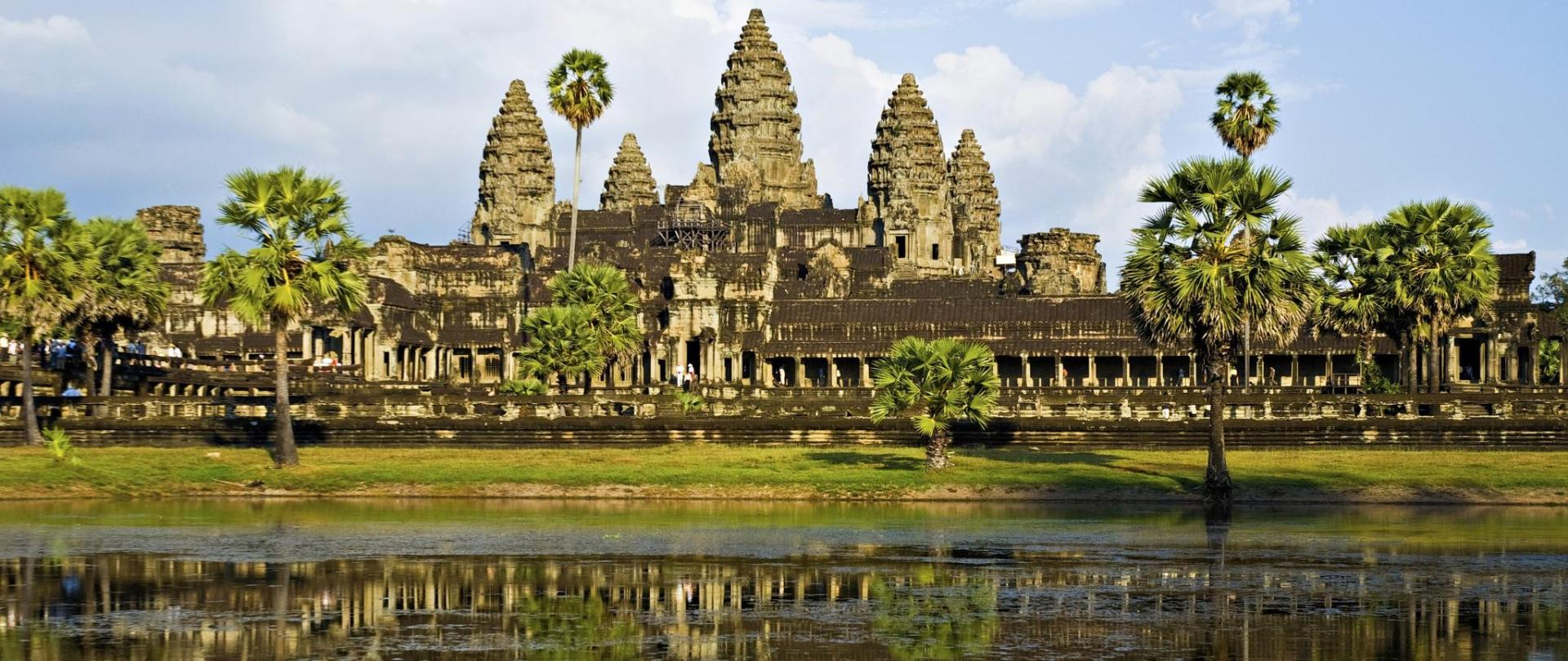 private-tour-angkor-wat-and-the-royal-temples-full-day-tour-155185-raw.jpg