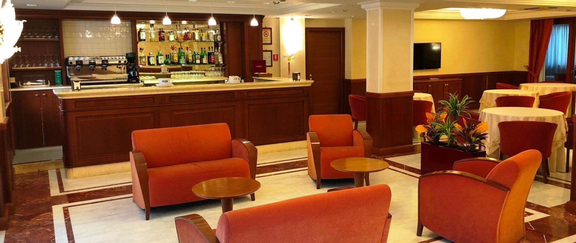Bar-hotel