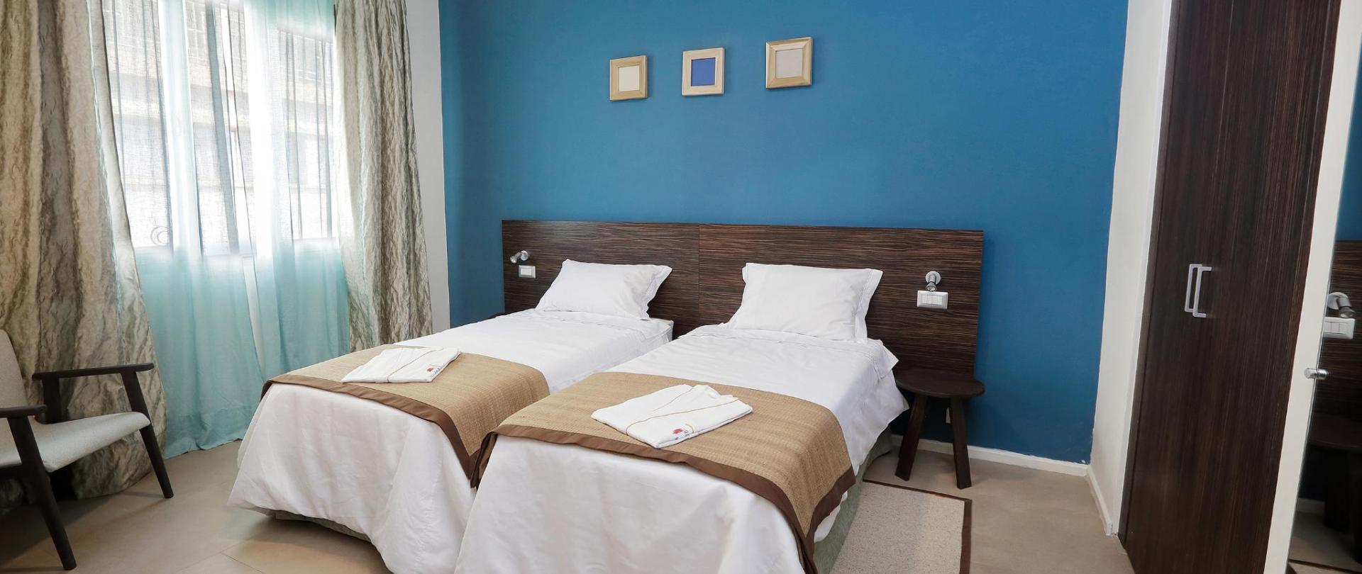 0005_Hotel La Villette Isoraka_17-10-13.jpg