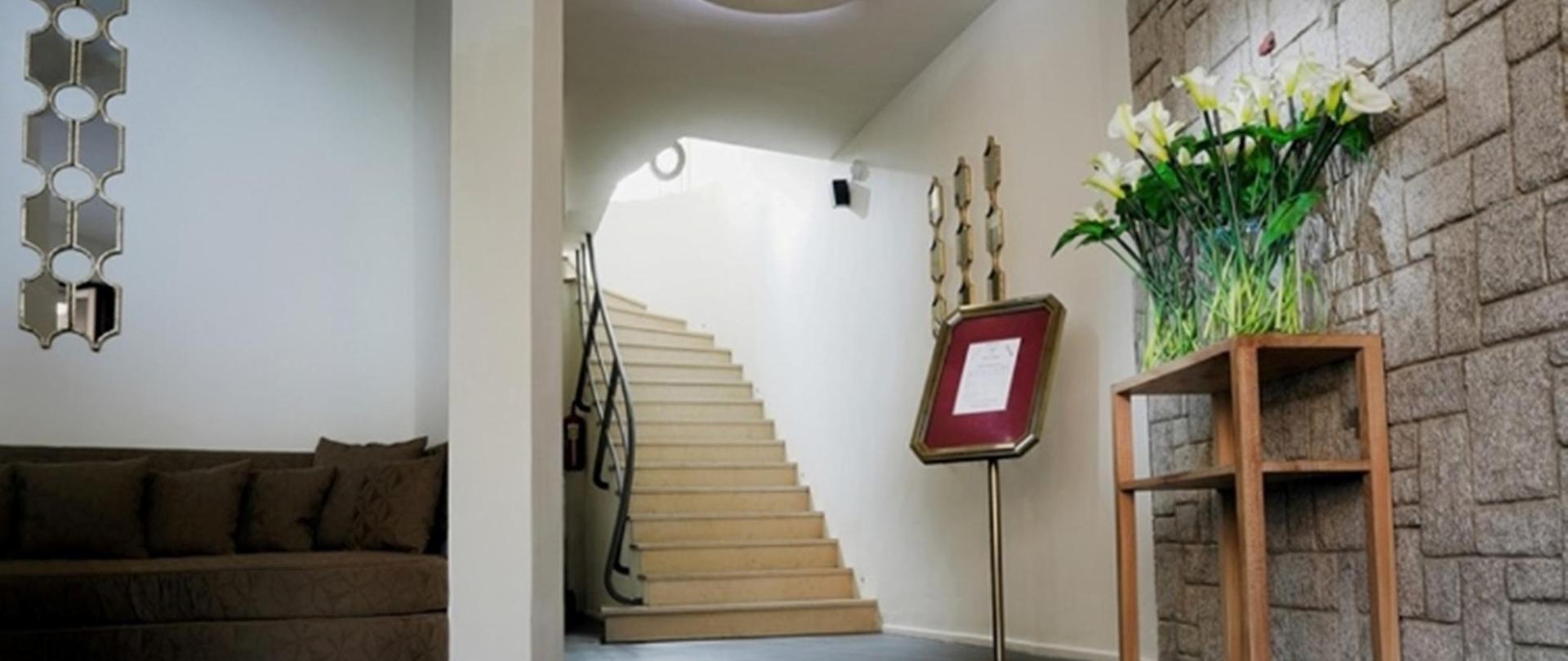 0001_Hotel La Villette Isoraka_17-10-13.jpg