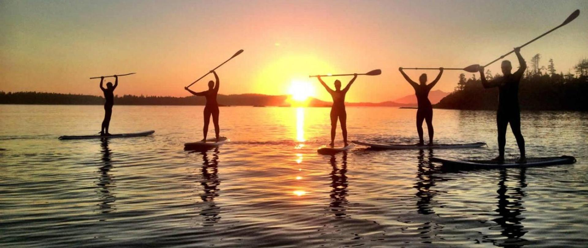 Tofino-Paddle-Surf-Stand-Up-Paddle-Boarding-Group-Shot-1600x818.jpg