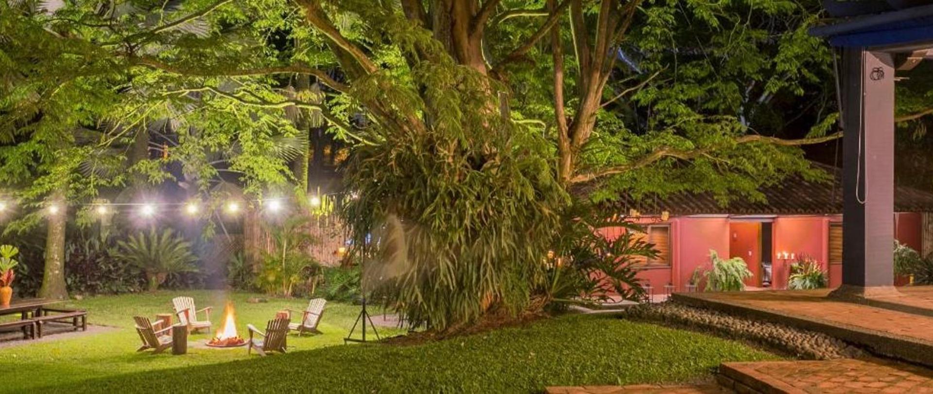 Nuestro jardin..jpg