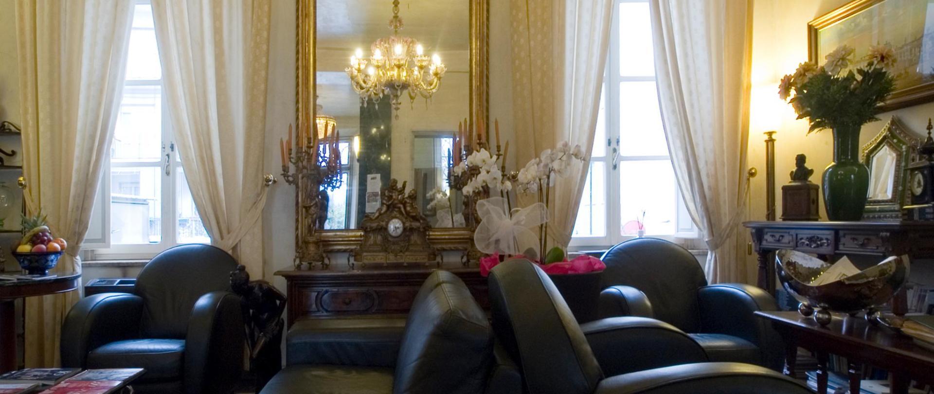 Hall dell'hotel (2).jpg