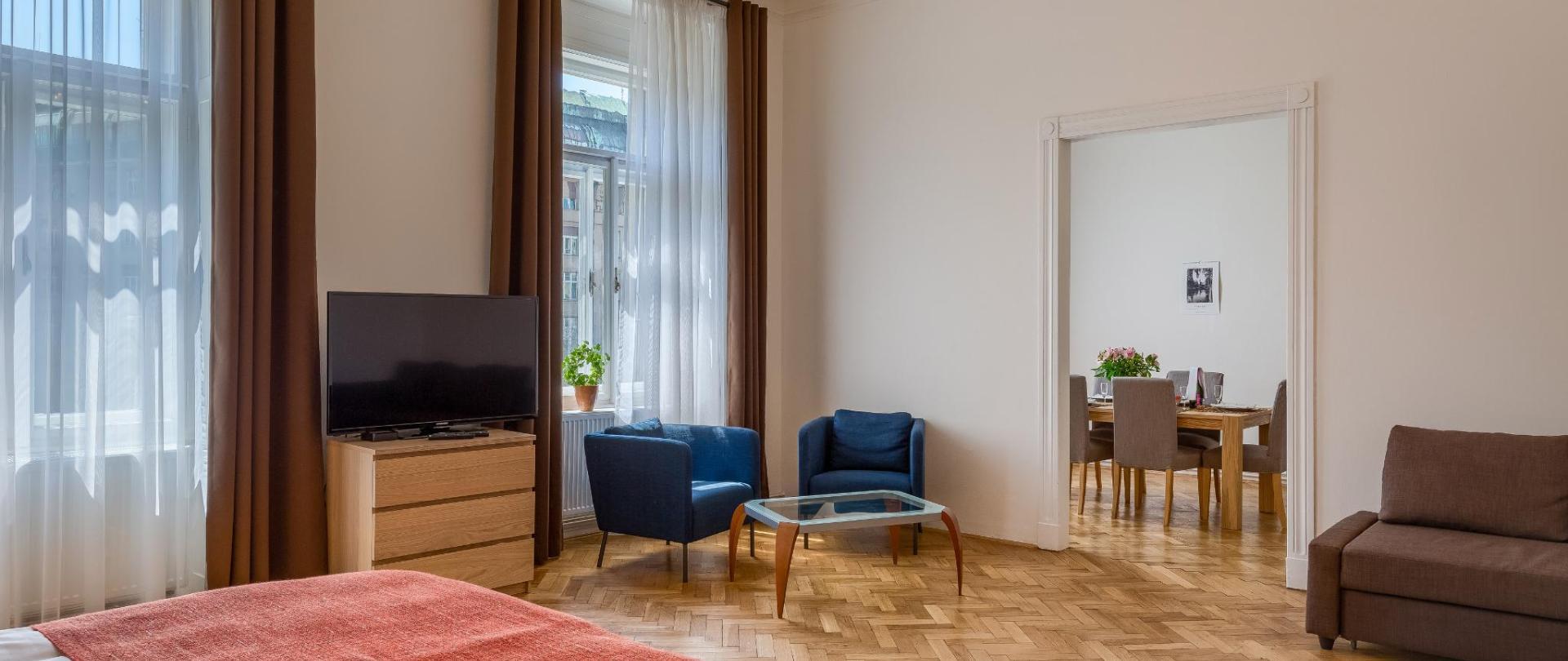Apartment č14 - 015.jpg