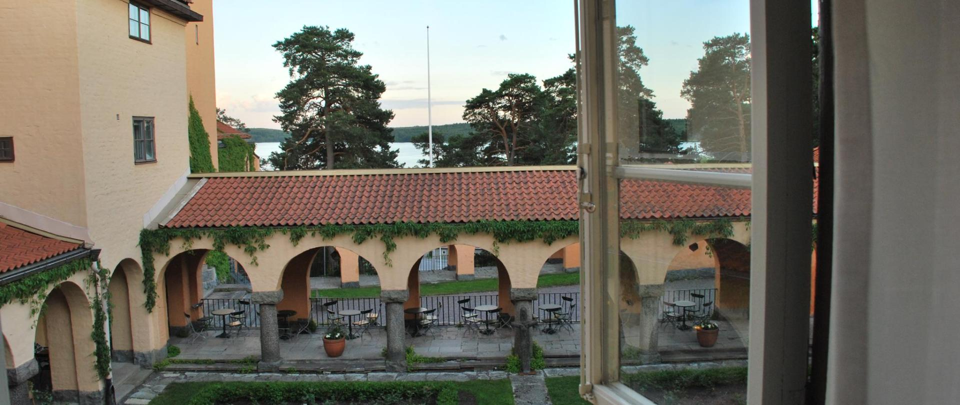 Utsikt från fönster.jpg